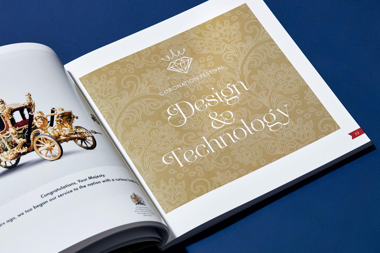 brochure design dividing page