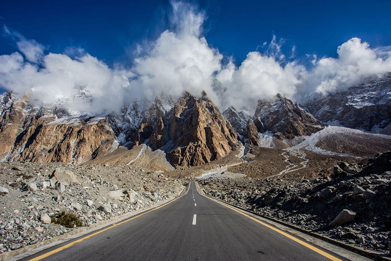 The Karrakoram Highway in Pakistan